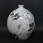 釉描色絵 牡丹図 壺